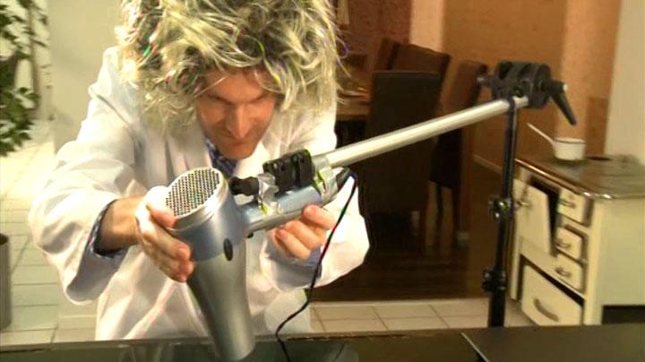 Mein Auftritt als wirrer Erfinder in RTL2 'Schau dich schlau' - Szenenfoto (7)
